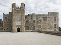 Castle Drogo, Devon (Image: wikipedia)