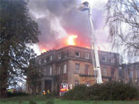 Fire at Sandhill Park - 22 Nov 2011 (Image: Lucy Robert Shaw / This is Somerset)