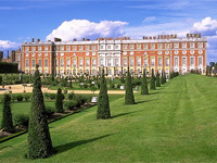 Hampton Court Palace, Surrey (Image: Andreas Tille/Wikipedia)