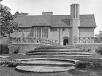 Deanery Garden, Berkshire (Image: Country Life Picture Library)