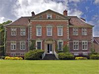 Urchfont Manor, Wiltshire (Image: Augustus Photographic via flickr)