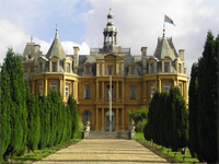 Halton House, Buckinghamshire (Image: Green Baron via Wikipedia)