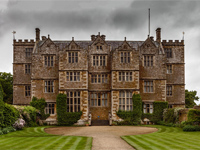 Chastleton House, Oxfordshire (Image: Brian @ Bury St Edmunds via flickr)