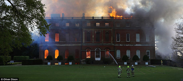 Clandon Park on fire - two-thirds of the house was now on fire (Image: © Oliver Dixon)