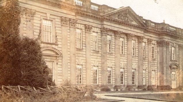 derbyshire-Sutton_Scarsdale_Hall_circa_1900